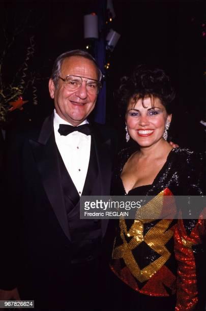 L'homme d'affaires Lee Iacocca et son épouse Peggy lors d'une soirée le 28 octobre 1986 à New York EtatsUnis