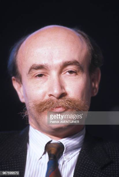Homme politique Claude Malhuret lors du Forum des ministres du PR le 28 mars 1987 à Paris, France.