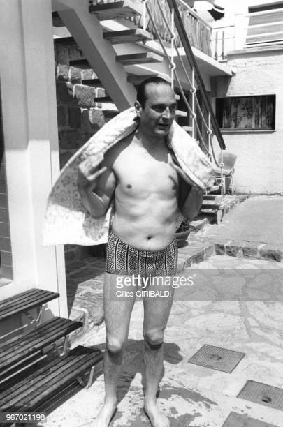 L'homme politique français Jacques Chirac pendant ses vacances à Auron dans les AlpesMaritimes le 18 août 1974 France