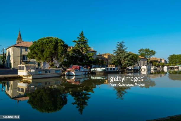 homps,the canal du midi,aude, occitanie, france - canal du midi photos et images de collection