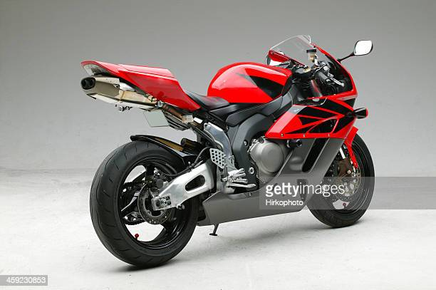 honda 2004 cbr 1000rr motorcycle profile - motorcycle racing stock pictures, royalty-free photos & images
