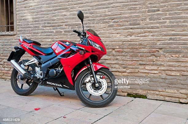 バイクホンダ cbr125 - honda ストックフォトと画像