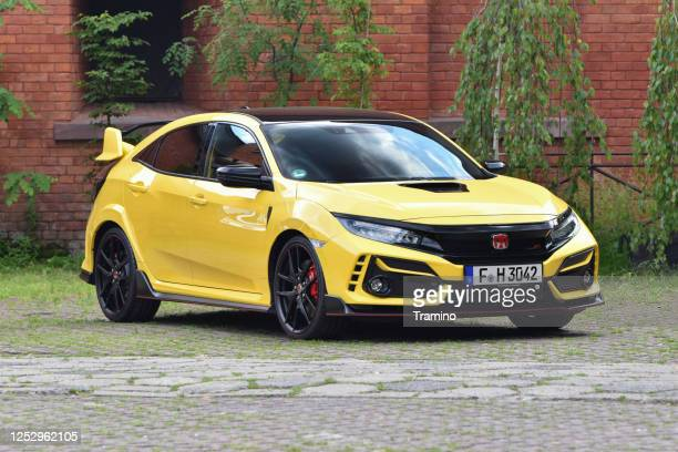 honda civic type r on a street - honda civic stock pictures, royalty-free photos & images