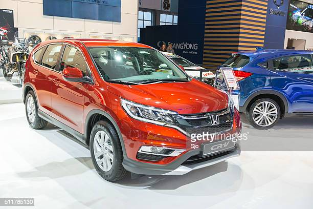 honda cr-v crossover suv - honda stock pictures, royalty-free photos & images