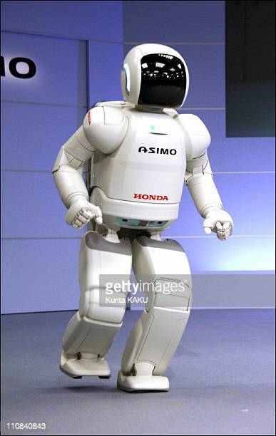 Honda Debuts New Asimo In Tokyo, Japan On December 13, 2005 - Honda Motor Co., Ltd debuted a new ASIMO humanoid robot which features the ability to...