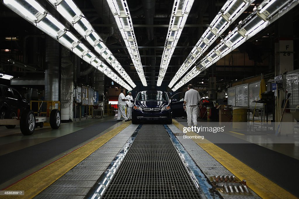 Honda Motor Co Odyssey Minivans Go Through Final Inspection On The Assembly  Line At Honda Manufacturing