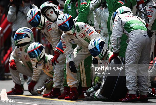 Honda Racing pitcrew wait for one of their cars during the Spanish Formula One Grand Prix at the Circuit de Catalunya on April 27, 2008 in Barcelona,...