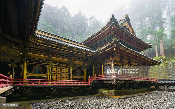 で Honden Taiyuin -Iemitsu 霊廟は各自持ち込めるほか、日光を日本
