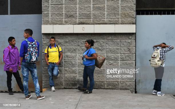 Honduran migrants gather at the Gran Central Metropolitana bus terminal to join a second caravan due to leave early tomorrow heading to the United...