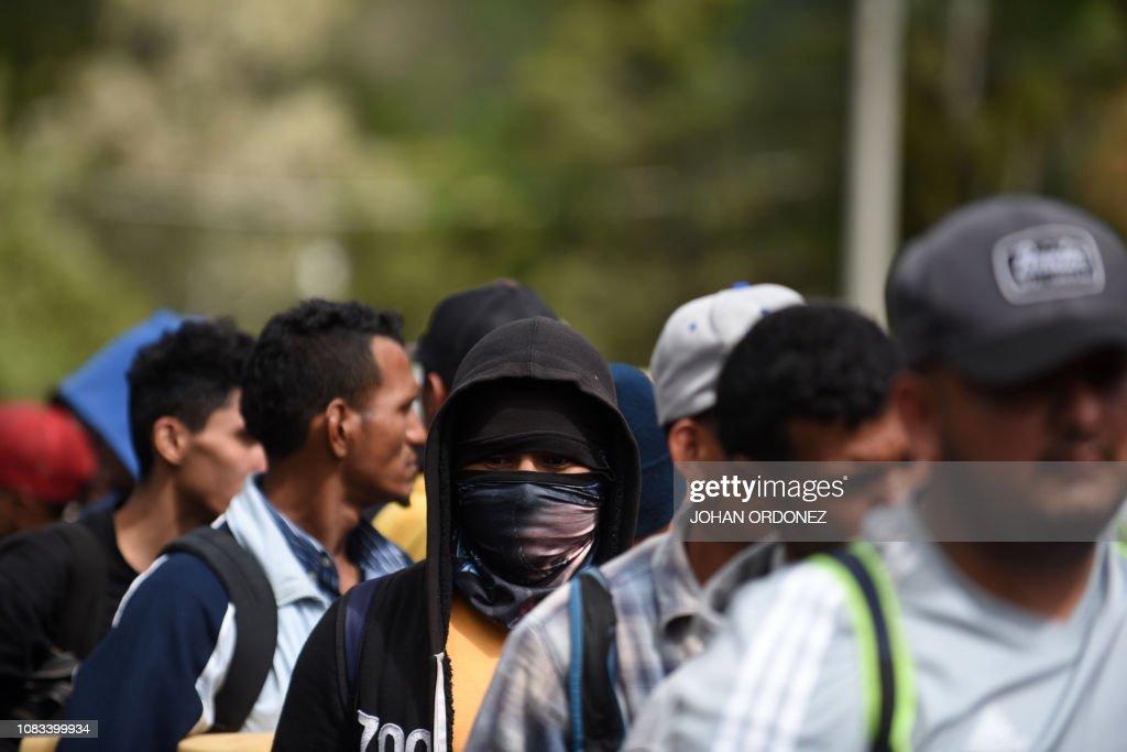 GUATEMALA-HONDURAS-US-MIGRATION-SECOND-CARAVAN : News Photo