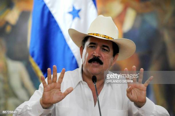 Honduran President Manuel Zelaya answers questions during a press conference in Tegucigalpa on June 26 2009 Zelaya was arrested June 28 2009 by...