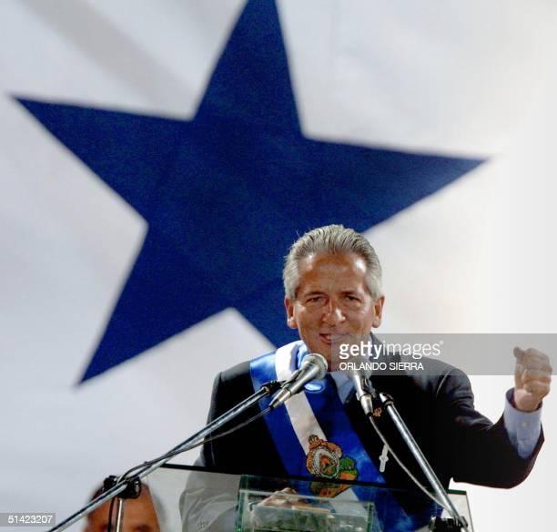 Honduran President Ricardo Maduro delivers a speech 28 January 2002 in San Pedro Sula Honduras 149 miles north of Tegucigalpa Maduro spoke before a...