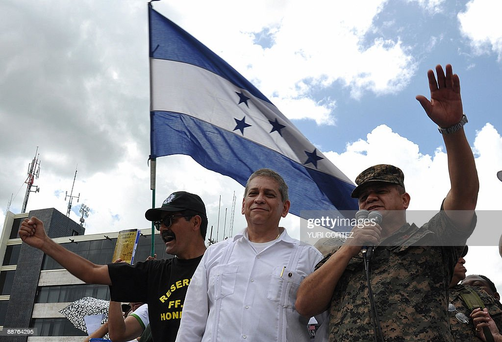 Honduran top military chief General Rome : News Photo