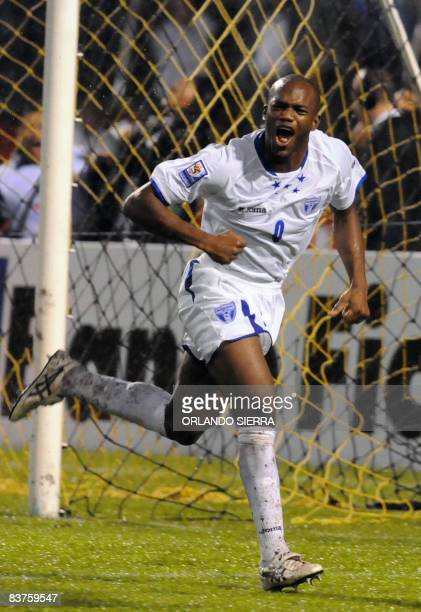 Hondura's David Suazo celebrates after scoring against Mexico during their FIFA World Cup South Africa 2010 qualifying football match in San Pedro...