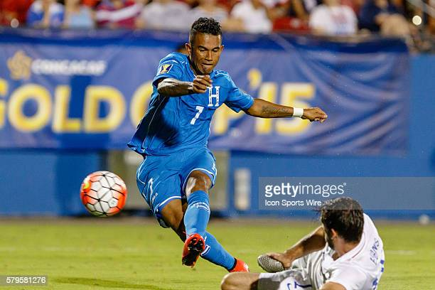 Honduras midfielder Carlos Discua scores a goal during the Group A CONCACAF Gold Cup stage match between the United States and Honduras national...