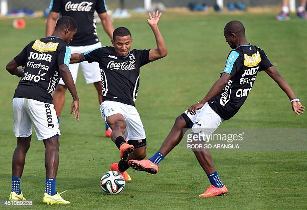 Honduras' midfielder Luis Garrido takes part in a training session with teammates in Porto Feliz during the 2014 FIFA World Cup football tournament...
