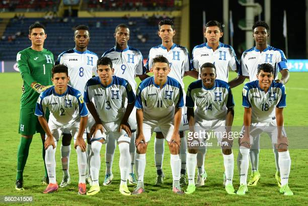 Honduras players pose for a team photograph during the FIFA U17 World Cup India 2017 group E match between Honduras and New Caledonia at Indira...