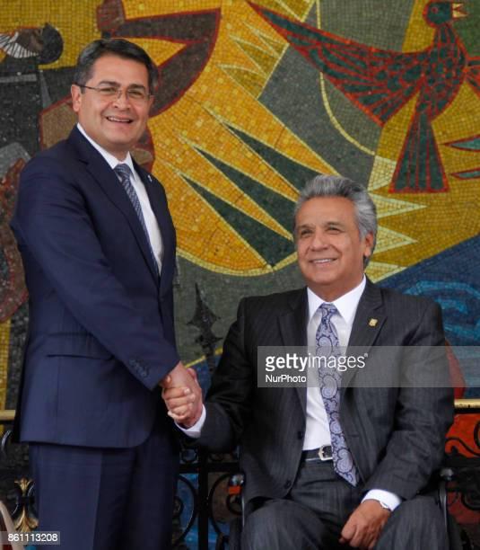 Honduras' President Juan Orlando Hernandez left and Ecuador's President Lenin Moreno pose for a photo in the Palace of Carondelet during a state...