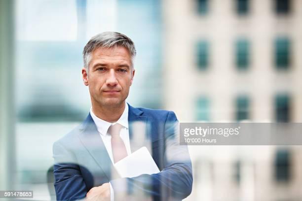 honest portrait of a businessman - vestuário de trabalho formal - fotografias e filmes do acervo