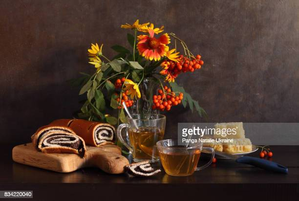 honey feast - wild honey spoonful stock pictures, royalty-free photos & images