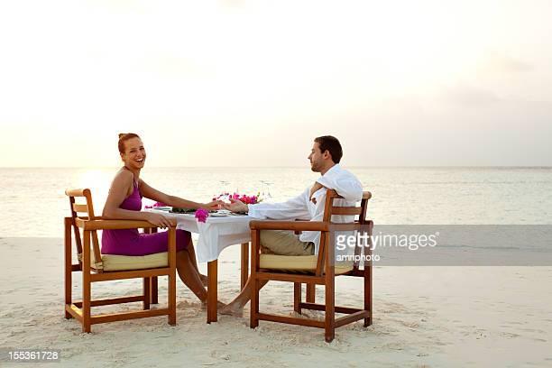 honeymoon dinner beach