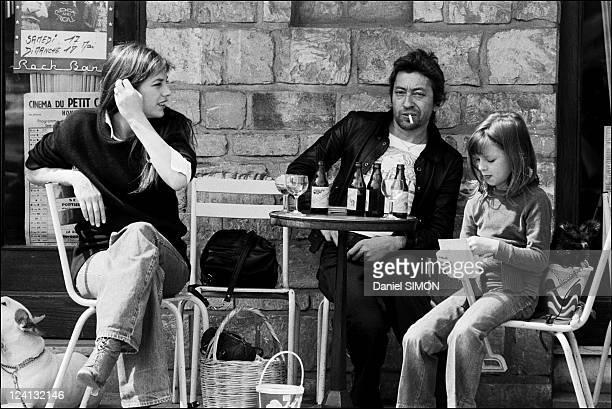 Honfleur flowers festival In France In 1975 Jane Birkin Serge Gainsbourg and Kate