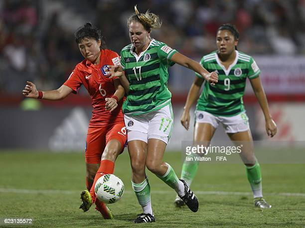 Hong Hyeji of Korea Republic tries to tackle Jacqueline Crowther of Mexico during the FIFA U20 Women's World Cup Group D match between Mexico and...