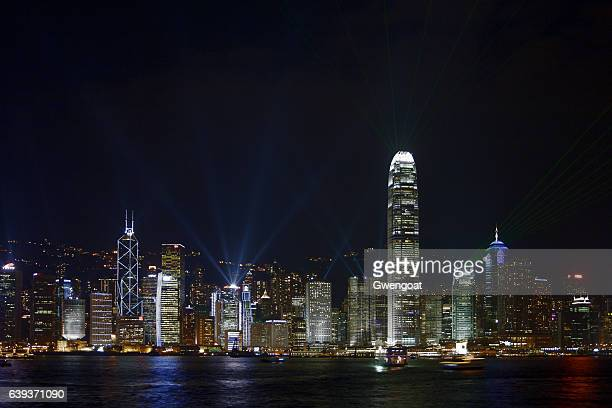hong kong - a symphony of lights - gwengoat stock pictures, royalty-free photos & images