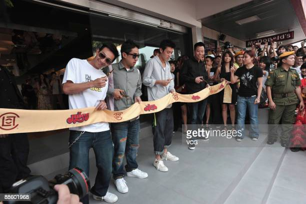 Hong Kong actorsinger Edison Chen launches a Juice store on June 20 2009 in Kuala Lumpur of Malaysia Hong Kong brand Clot opened the second chapter...