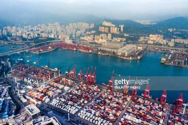 hong kong and container cargo freight ship - trade war stock pictures, royalty-free photos & images
