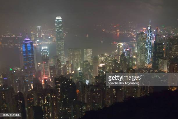 hong kong at night, city lights - argenberg stock pictures, royalty-free photos & images