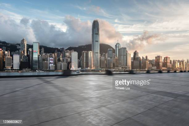 hong kong cityscape,auto advertising background - paisajes de hongkong fotografías e imágenes de stock
