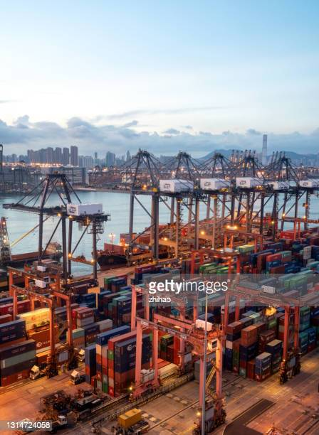 hong kong container terminal in the early morning - global business stock pictures, royalty-free photos & images