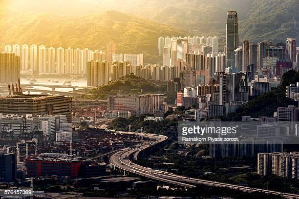 Hong Kong Curves