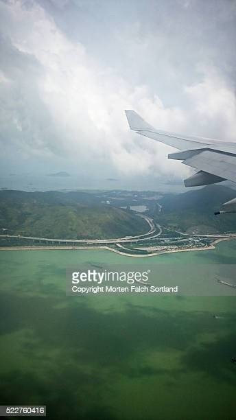 hong kong from above - países del golfo fotografías e imágenes de stock