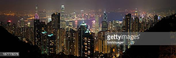 hong kong harbour neon night skyscrapers china - kowloon peninsula stock pictures, royalty-free photos & images