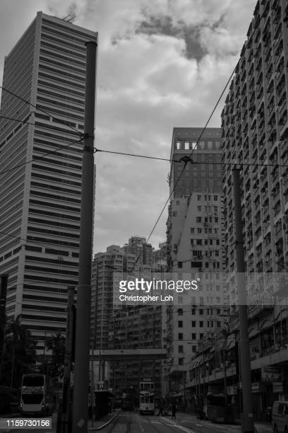 hong kong in black and white - 上環 ストックフォトと画像