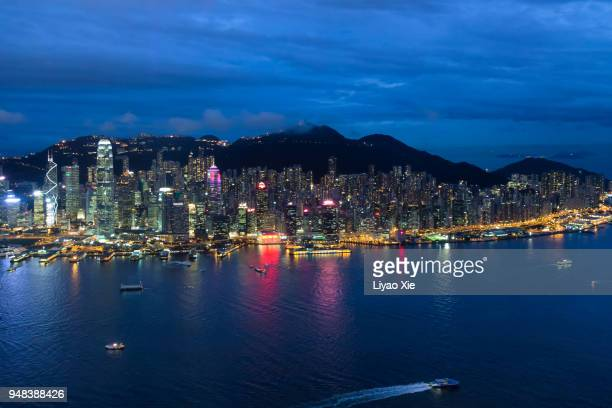 hong kong island landscape in the evening - liyao xie stock pictures, royalty-free photos & images