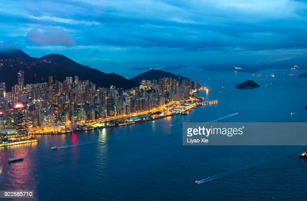 hong kong island skyline - liyao xie stock pictures, royalty-free photos & images
