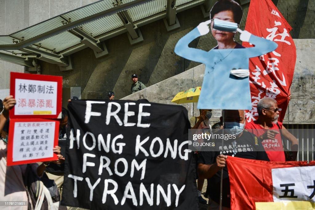 HONG KONG-CHINA-politics-CRIME-unrest : News Photo