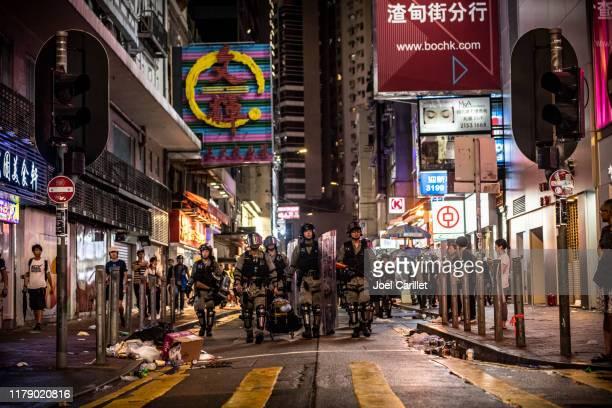 香港銅鑼灣防暴員警 - hong kong protest 個照片及圖片檔