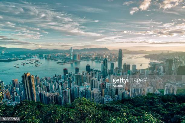 Hong Kong Skyline bei Sonnenaufgang