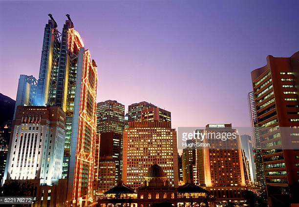 hong kong skyline, china - hugh sitton stock-fotos und bilder