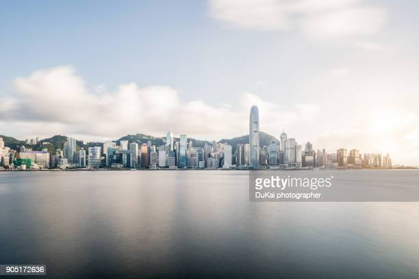 hong kong skyline - hong kong stock pictures, royalty-free photos & images