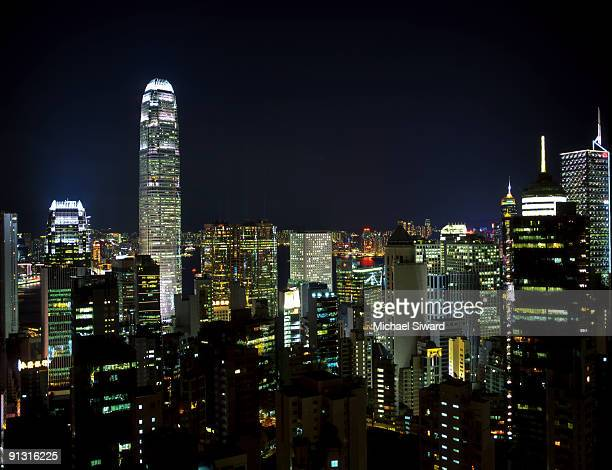 hong kong skyline - michael siward stock pictures, royalty-free photos & images