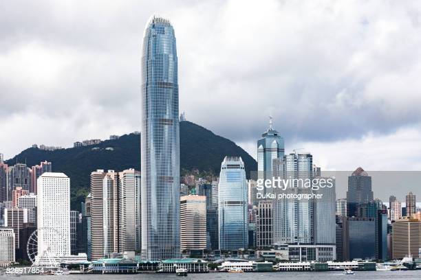 hong kong victoria harbour - two international finance center stock pictures, royalty-free photos & images