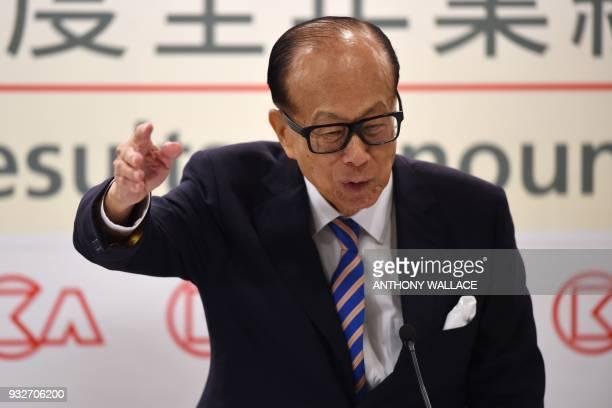 Hong Kong's richest man Li Kashing attends a press conference in Hong Kong on March 16 2018 Hong Kong's richest man Li Kashing announced on March 16...