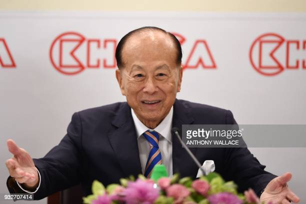 Hong Kong's richest man Li Kashing gestures during a press conference in Hong Kong on March 16 2018 Hong Kong's richest man Li Kashing announced on...