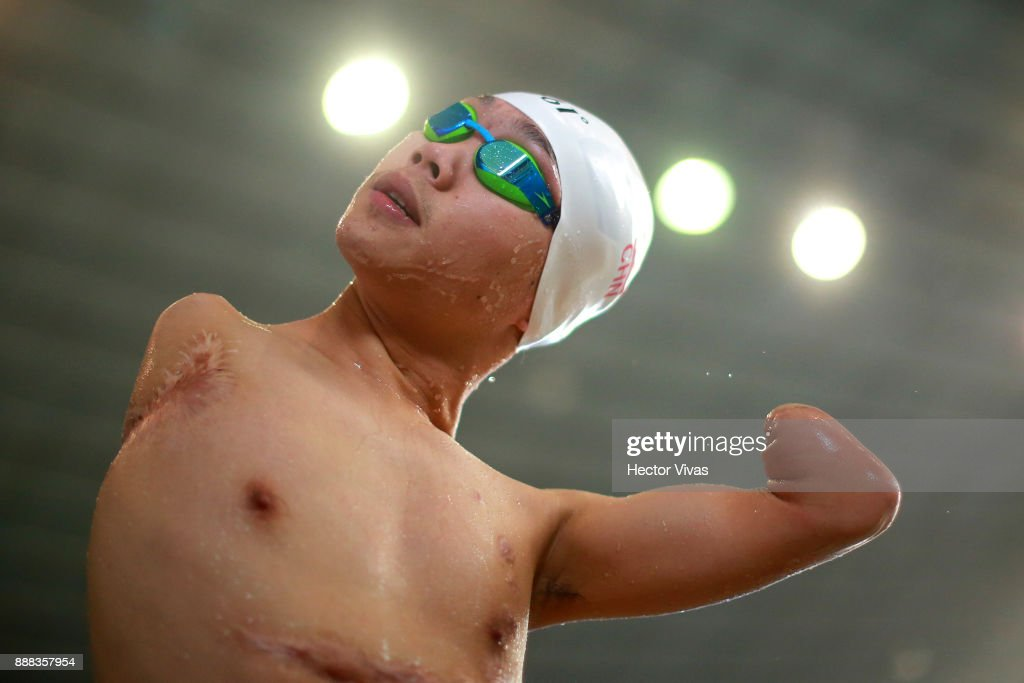 Hong Yang of China competes in Men's 50 m Butterfly S6 during day 5 of the Para Swimming World Championship Mexico City 2017 at Francisco Marquez Olympic Swimming Pool. on November 6, 2017 in Mexico City, Mexico.