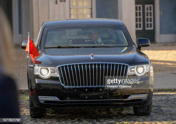 30 Top Red Flag Limousine Pictures, Photos and Images